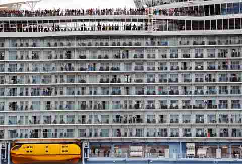 Royal Caribbean Symphony Of The Seas Is World S Biggest