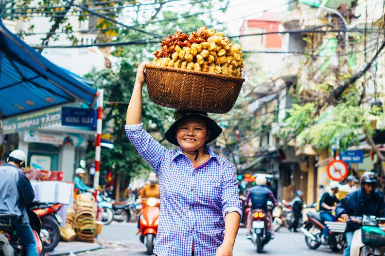 street vendors in Hanoi, Vietnam