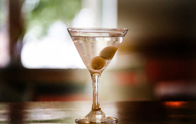 How to Order a Martini Like You're a Pro