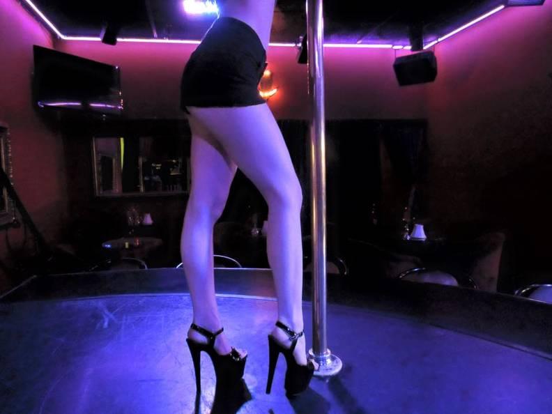 Nude Strip Clubs Los Angeles