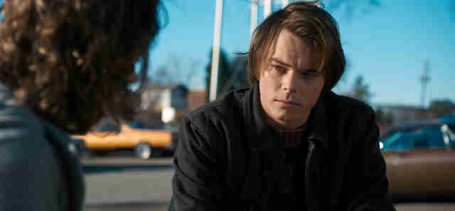charlie heaton age stranger things