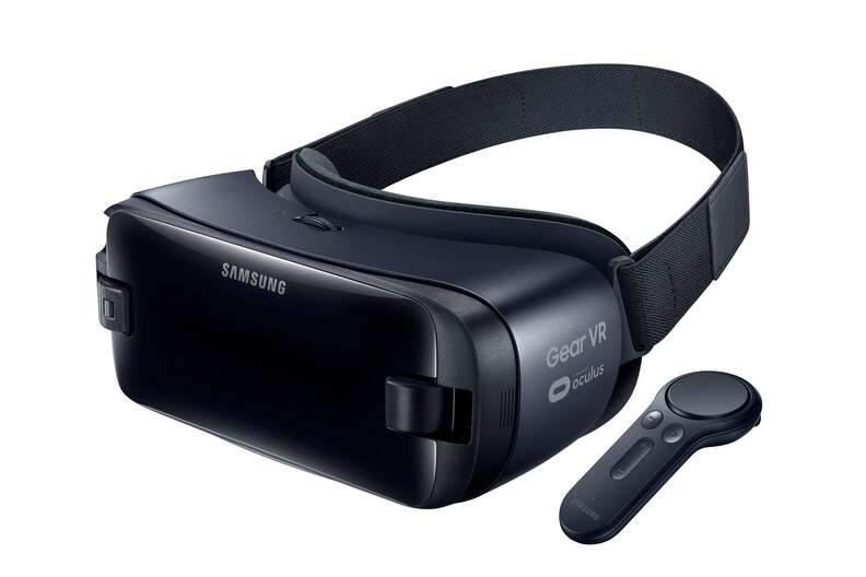 gear vr headset and controller
