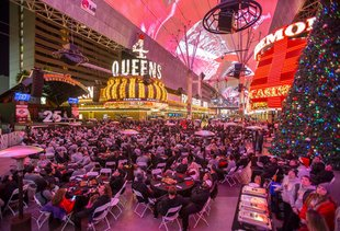 Everything You Must Do in Las Vegas This Holiday Season