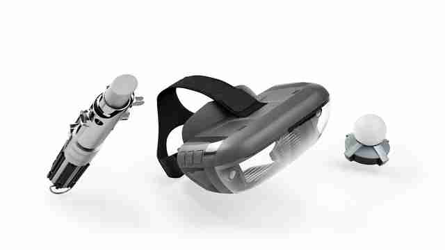 Star Wars™: Jedi Challenges - AR Headset with Lightsaber Controller and Tracking Beacon