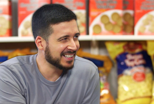Vinny From 'Jersey Shore' Ranks the Best Snacks You Can Eat on a Boardwalk