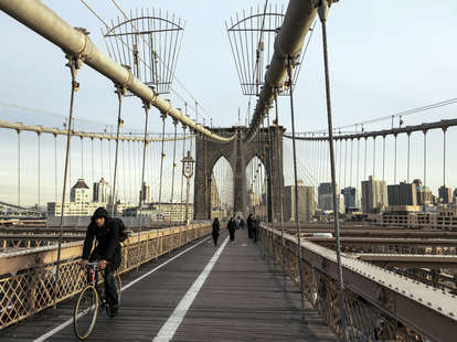 things to do alone in nyc
