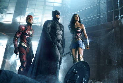 flash batman and wonder woman in justice league