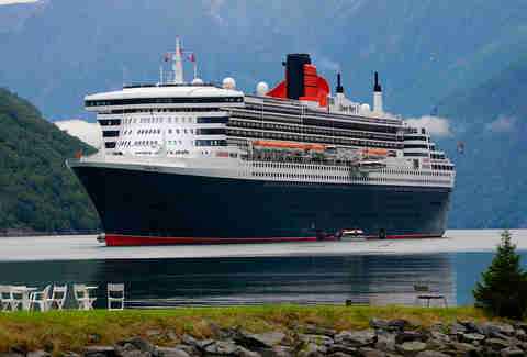 Queen Mary 2, Norway