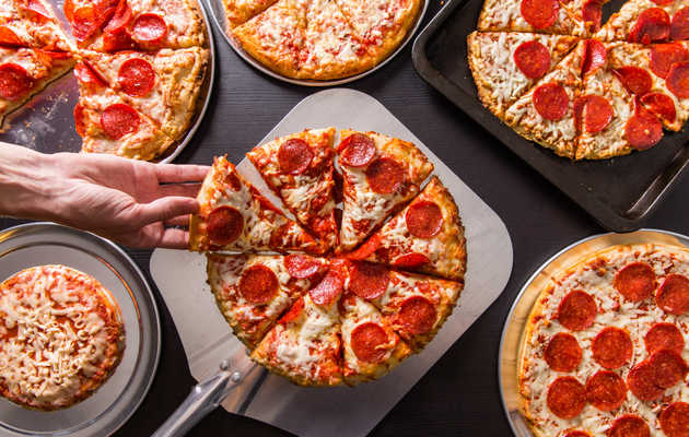 30 Frozen Pizzas, Ranked by How Close to Delivery They Taste