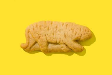 barnums animal cracker tiger