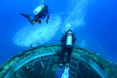 USNS Vandenberg Dive