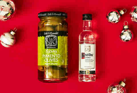 Vermouth Martini Olives & Ketel One Vodka Bottle – Spirited Gifts – Ketel One