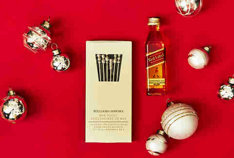 Cocktail Garnish Picks with Johnnie Walker Red Label Bottle – Spirited Gifts - Supercall