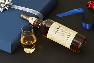 Bottle of Oban 14-Year Single Malt Scotch Whisky & Glencairn Whiskey Glass - Whiskey Gift Guide – Supercall