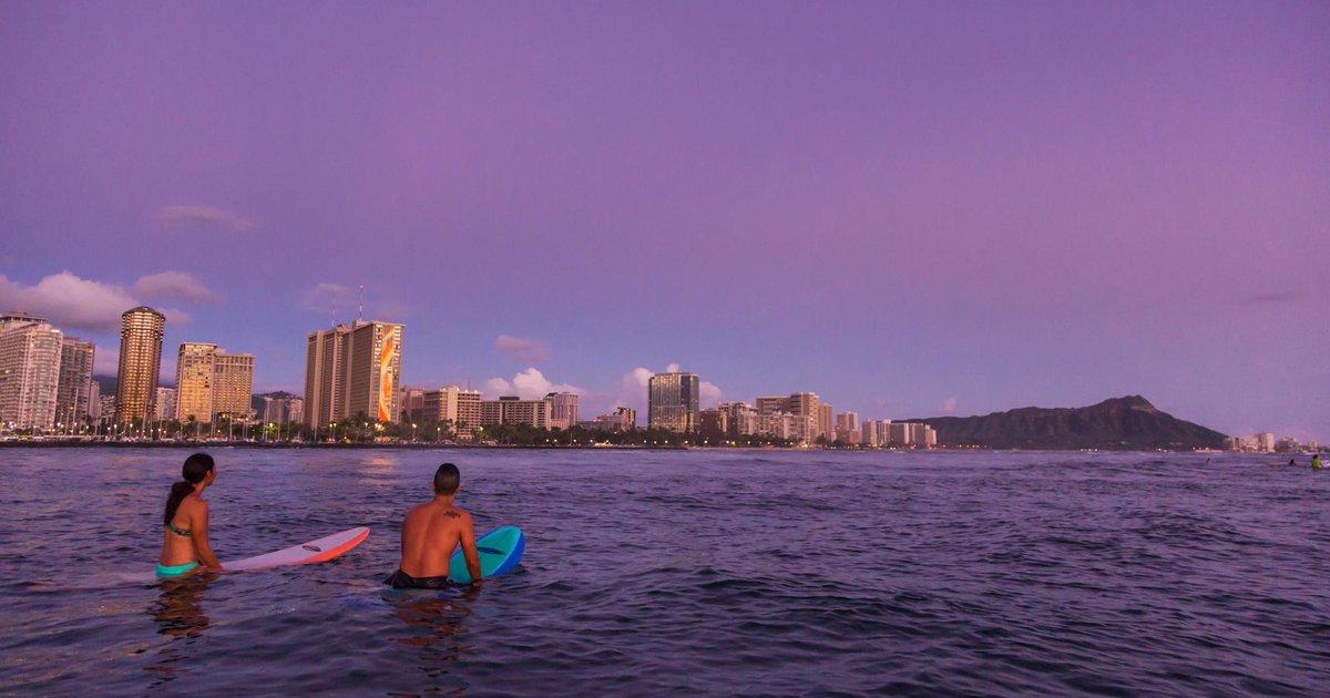 The 23 Best Date Ideas For Hawaiis Winter Months
