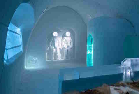 ice hotel sweden arctic circle