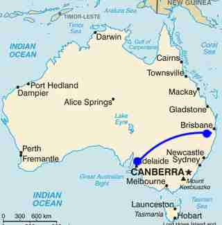 Australia Map Looks Like A Dog.Dog Hitchhikes Across Australia After Family Goes On Vacation The Dodo