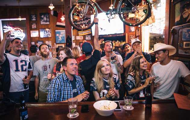 The 15 Best Bars in San Francisco to Watch the Super Bowl