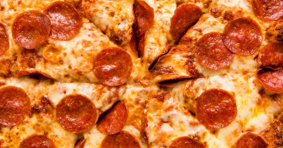 Round Table Pizza Portland Oregon.National Pizza Day 2018 Deals And Specials Pizza Hut Papa John S