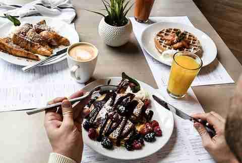 best brunch in milwaukee restaurants with brunch menus worth rh thrillist com best sunday brunch buffet milwaukee Sunday Brunch Menu