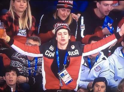 scott moir at hockey game