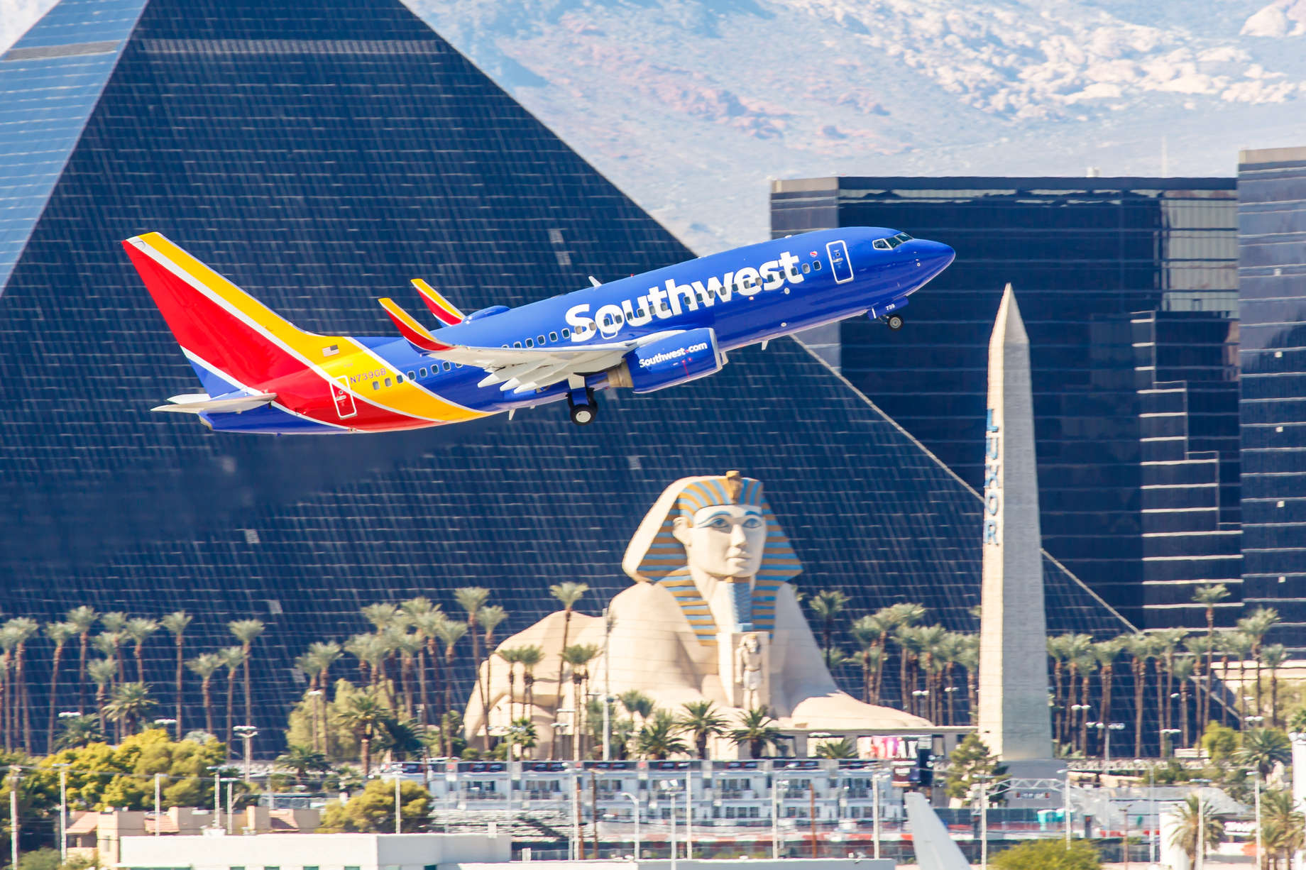 Why Southwest Airlines Customer Loyalty Beats All Other Airlines