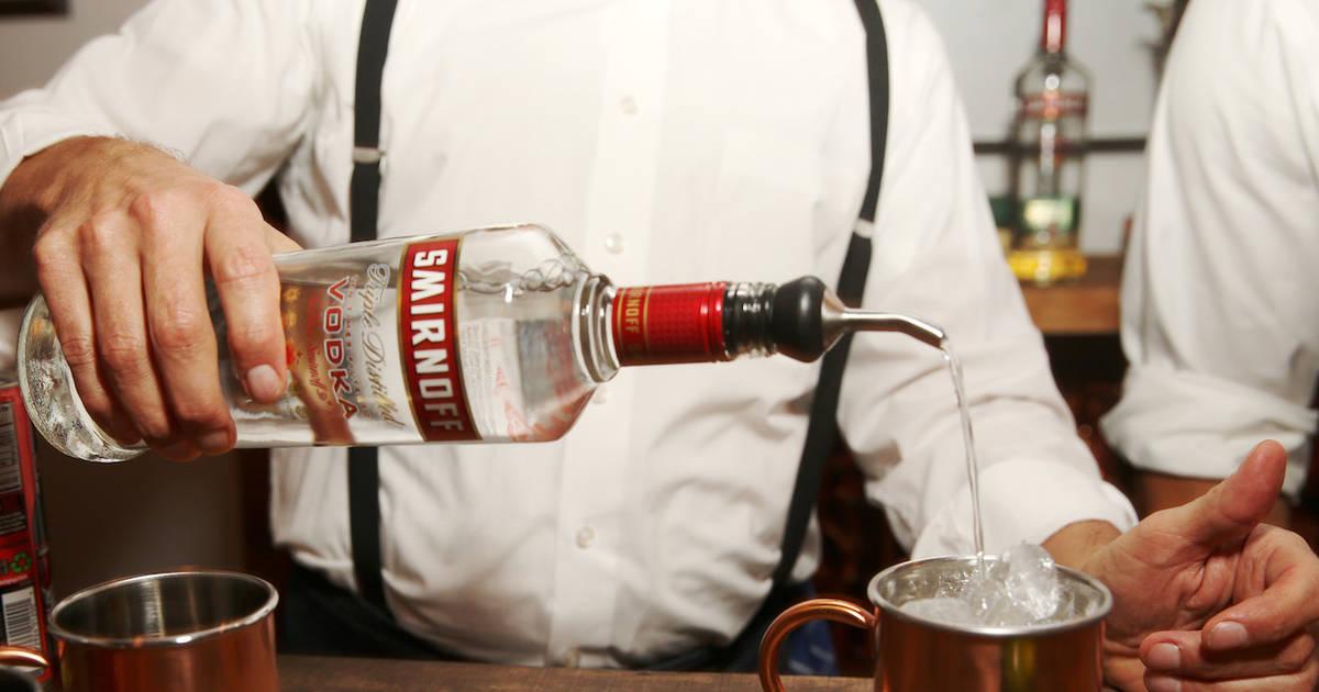 7 Signs You Re A True Vodka Drinker Thrillist
