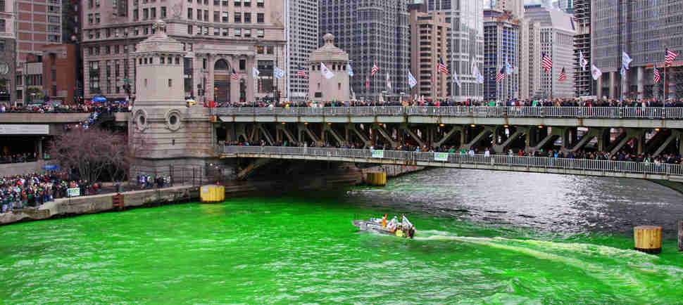 Here's How the Chicago River Is Dyed Green Every Year & What's New This Year