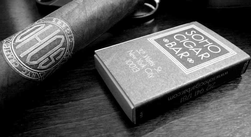 Best Cigar Bars & Lounges in NYC: Where to Buy & Smoke