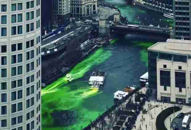 Watch This Time-Lapse of the Chicago River Turning Green for St. Patty's Day
