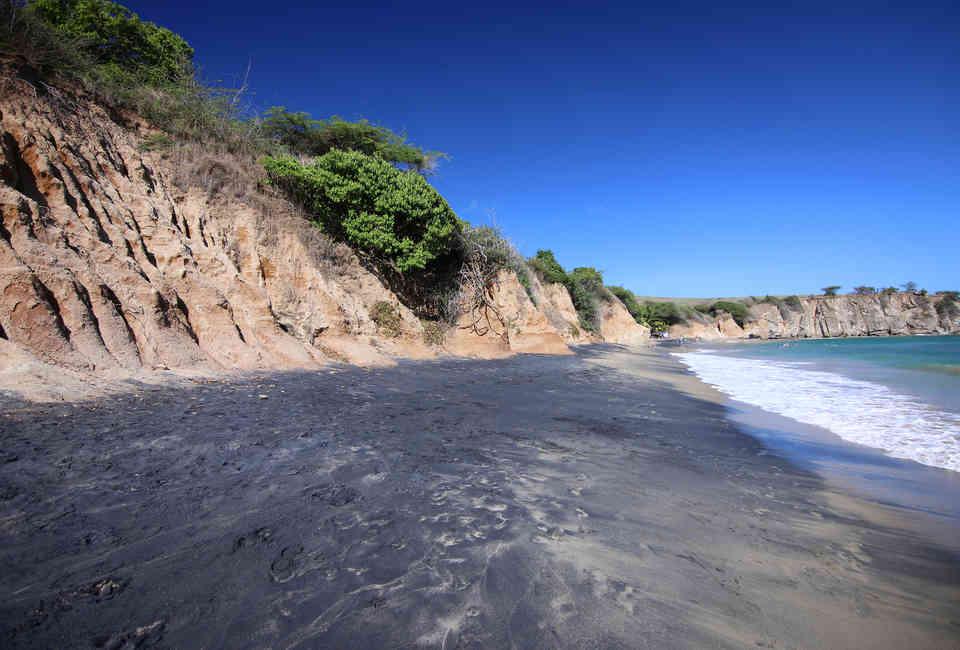 Best Caribbean Beaches to Visit Right Now - Thrillist
