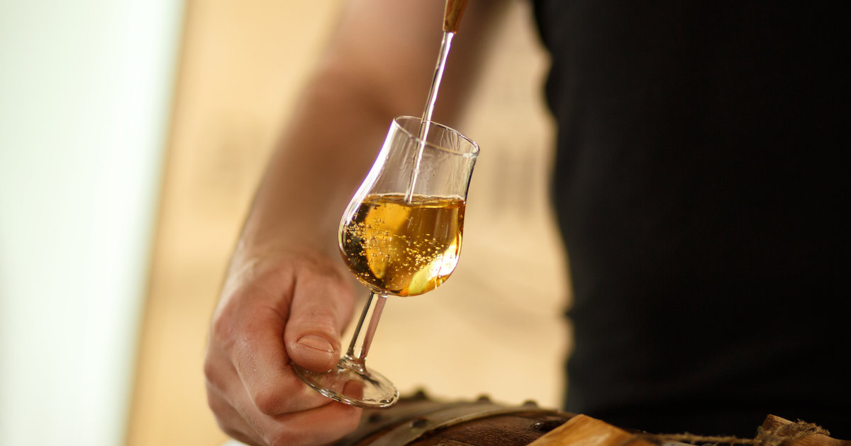 How to Make Homemade Whiskey in 9 Steps