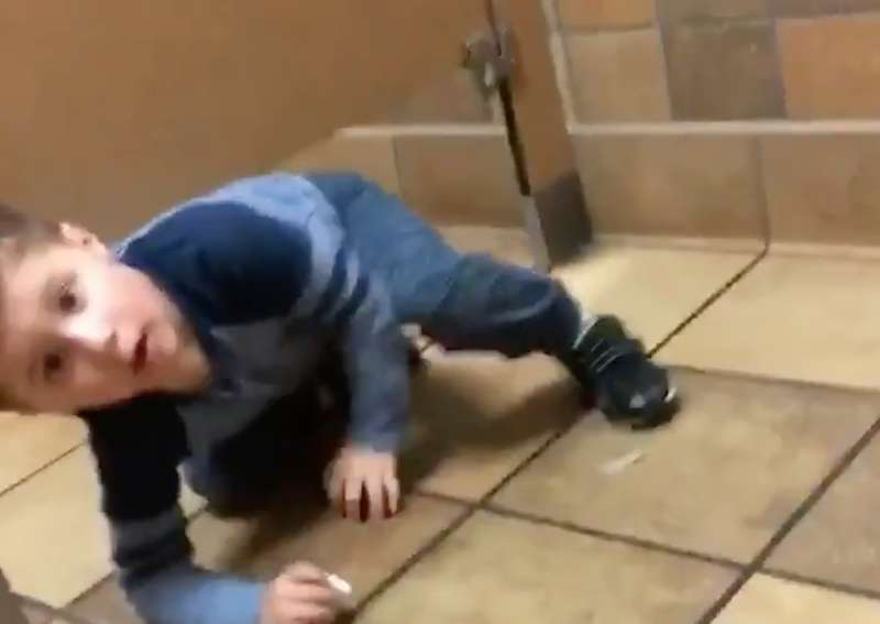 Kid Crawls Under Strangers Bathroom Stall To Get Help Washing Hands - Boy crawls under bathroom stall
