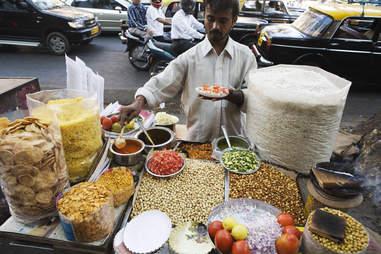a street vendor in Mumbai, India