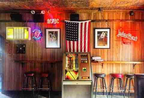 Hook up bars east village