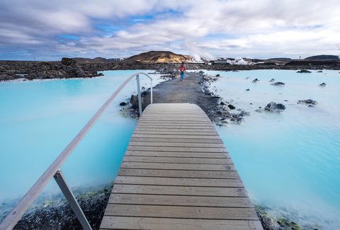 cheap flights iceland