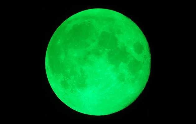 No, There Won't Be a Rare 'Green Moon' Tonight