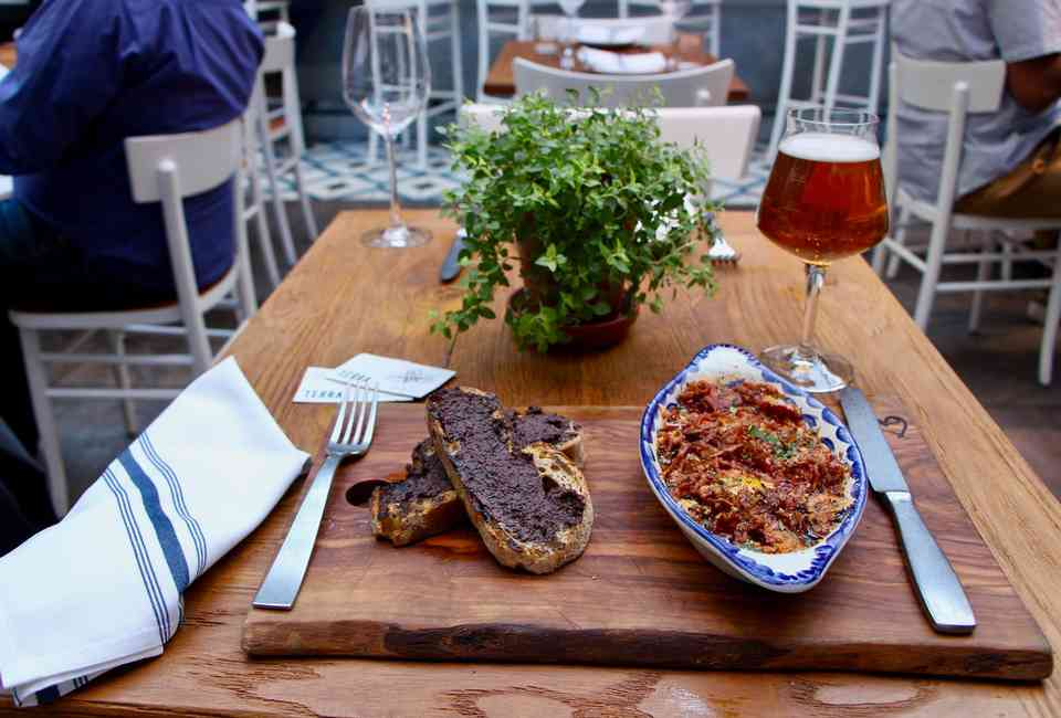 Best Restaurants In Boston Coolest Hottest Newest Places