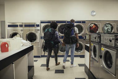 backpackers doing laundry