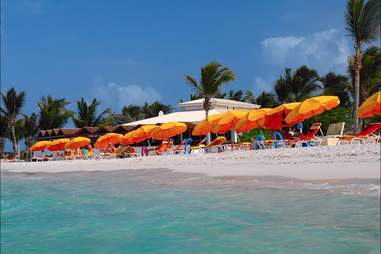 Beach Clubs: Attractions in Cancún