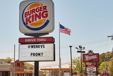 burger king asked wendy s to prom wendy s responded perfectly