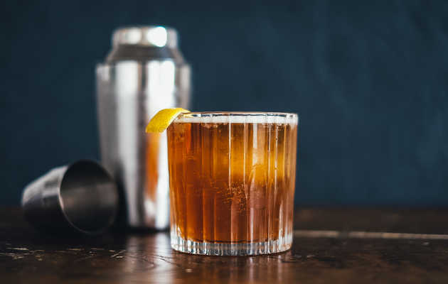 Is a $20 Old Fashioned Really That Much Better Than a $2 Old Fashioned?
