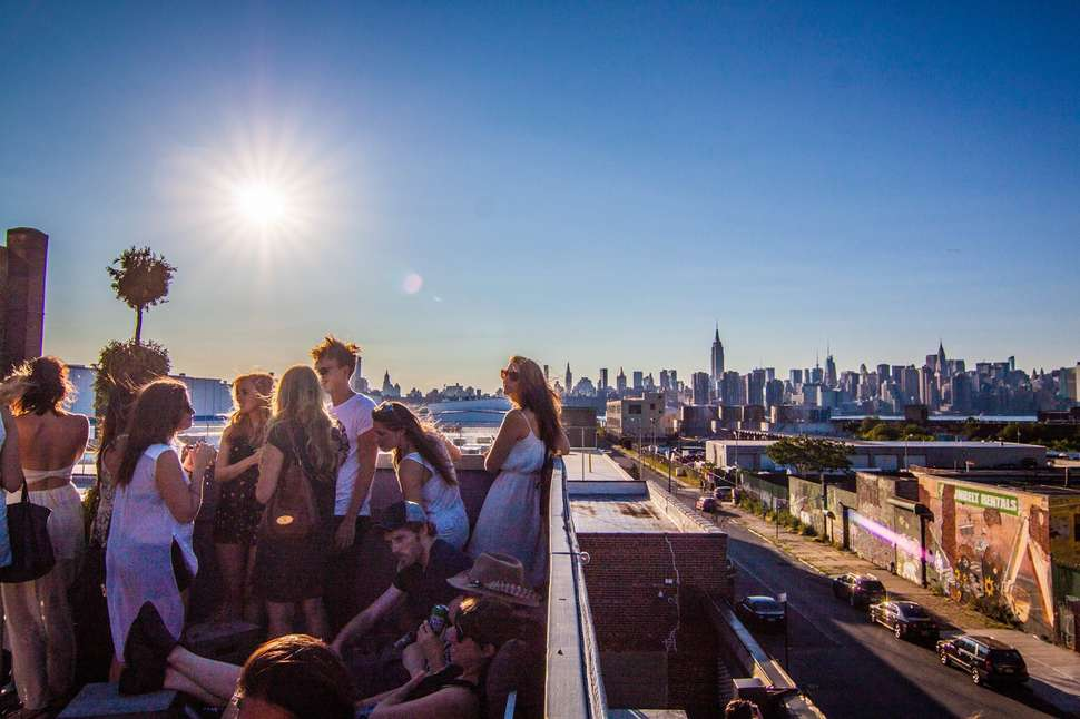Best Rooftop Bars In Brooklyn Places To Drink With A View