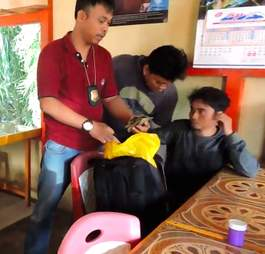 Indonesia police bust pangolin smugglers