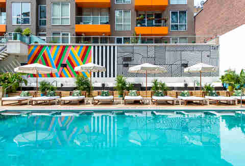 Best Swimming Pools In Nyc Private Public Rooftop Pools For Summer Thrillist