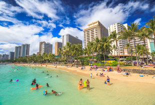 28 Actually Cool Things to Do When Someone Visits Honolulu