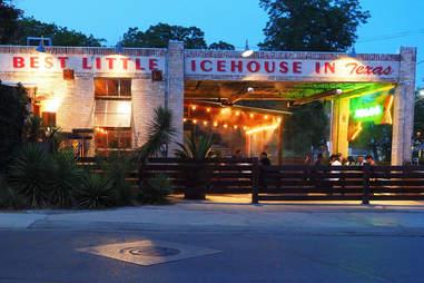 Zelicks Ice House