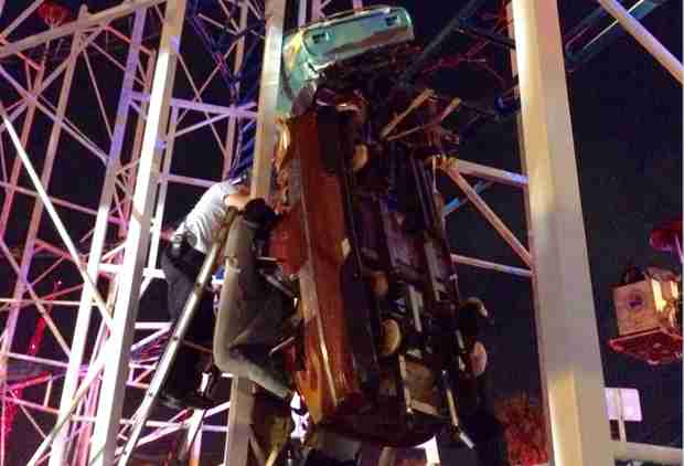 Rollercoaster Drops Riders 34 Feet on Same Day It Passes Safety Inspection