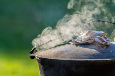 dutch oven smoker
