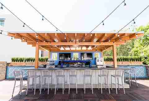 Best Rooftop Bars in Charleston: Where to Drink Outside ...
